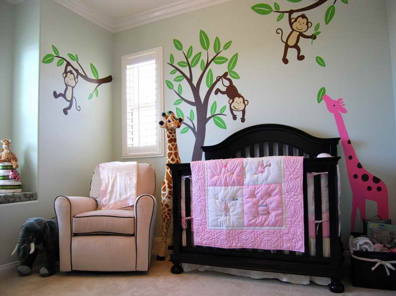 Animal Themed Baby Room Decoration Ideas with Wall Mural and Doll