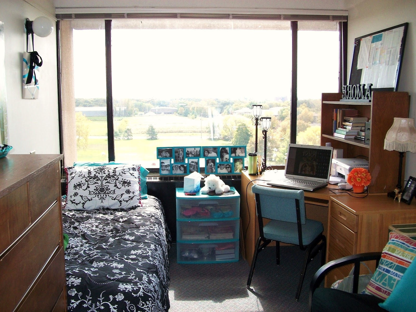Moving To A New Dorm Here Are Some Of The Best Dorm Room Ideas Artmakehome