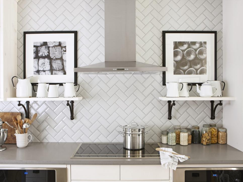 Beau Creative Installation Of White Subway Tile Backsplash In Zigzag Style To  Meet Horizontal Shelves