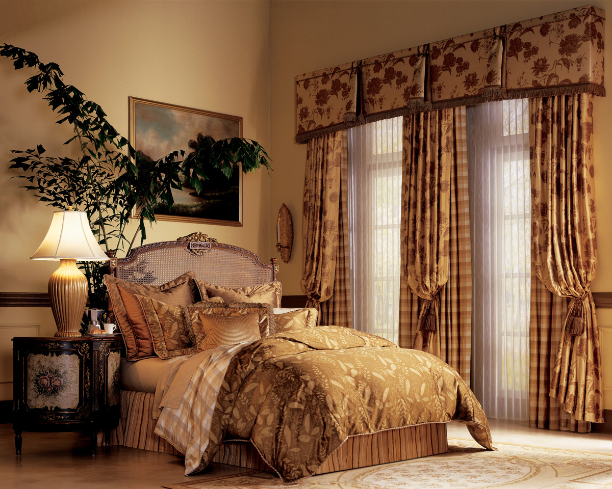 Window Treatment Ideas With Awesome Bedroom Design