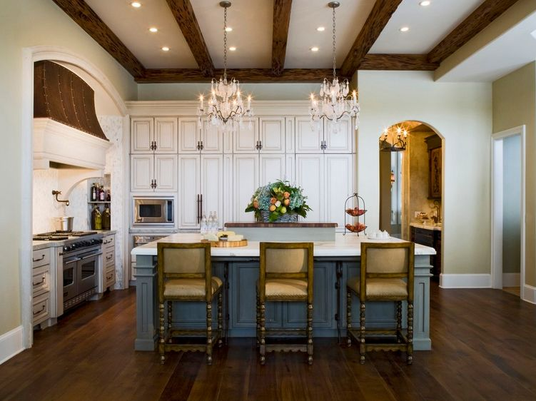 Superbe Appealing French Country Kitchen With Accent Blue Island And A Pair Of  Chandelier