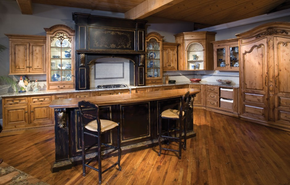 Appealing Kitchen Interior with L Shaped Kitchen Cabinet and Island with Wooden Countertop
