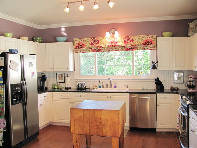 Beautiful Floral Pattern of Kitchen Window Treatment for Large Horizontal Window