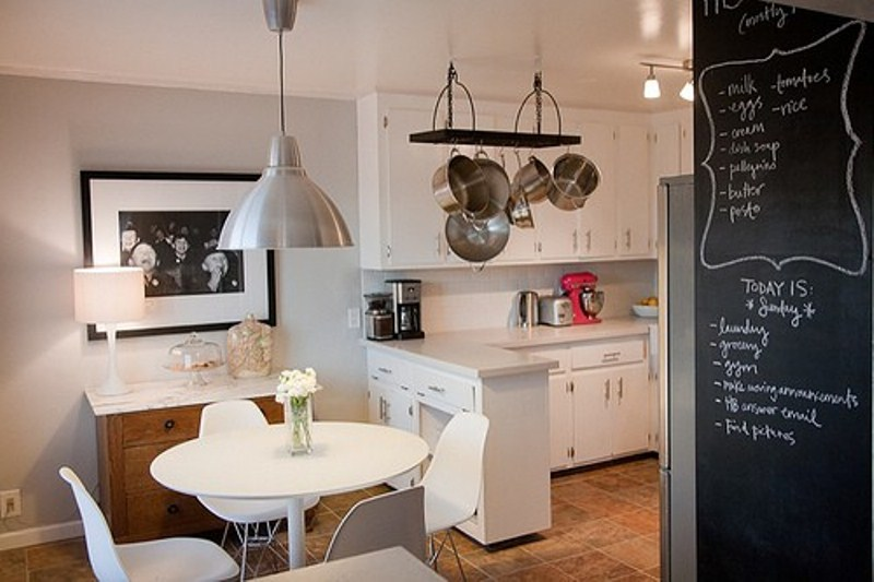 4 small kitchen ideas to make it stand out midcityeast for Beautiful small kitchen designs
