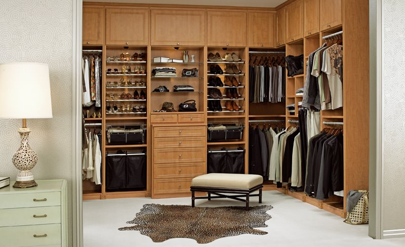 Beau Bright Walk In Closet Idea With Wooden Furniture And Simple Ottoman With  Skin Animal Rug