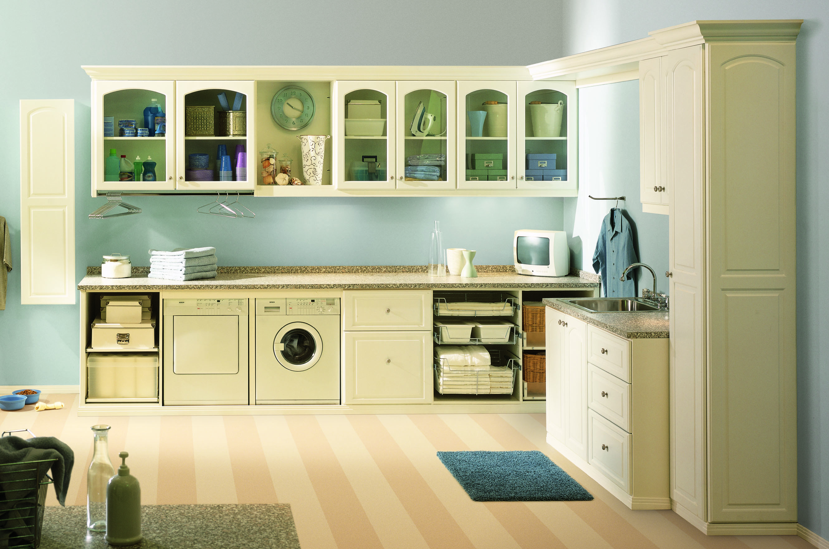Laundry Room In Kitchen Secrets For Functional And Attractive Laundry Room Cabinets