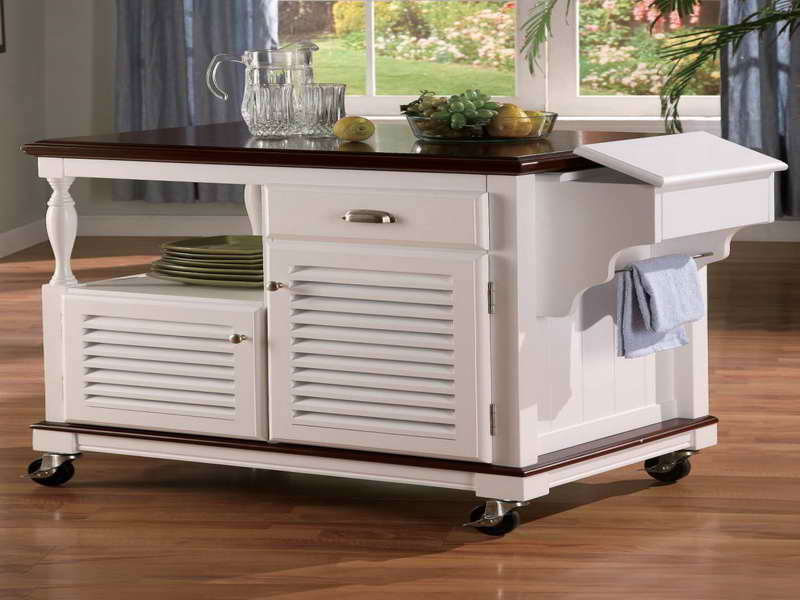 Complete your Old Fashioned Kitchen with White Portable Kitchen Island using Small Wheels