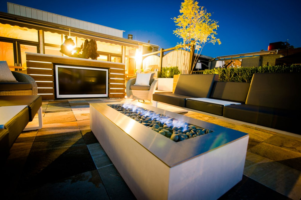 3 brilliant fire pit ideas for your house midcityeast for Outdoor modern fire pit
