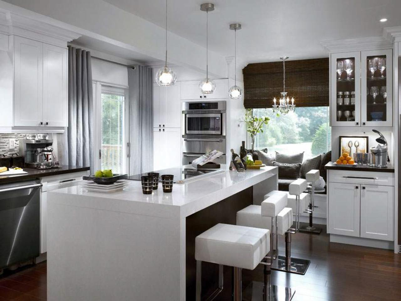 Cozy Kitchen with Extra Seating as the Extension of Window Sill with Vertical Blind