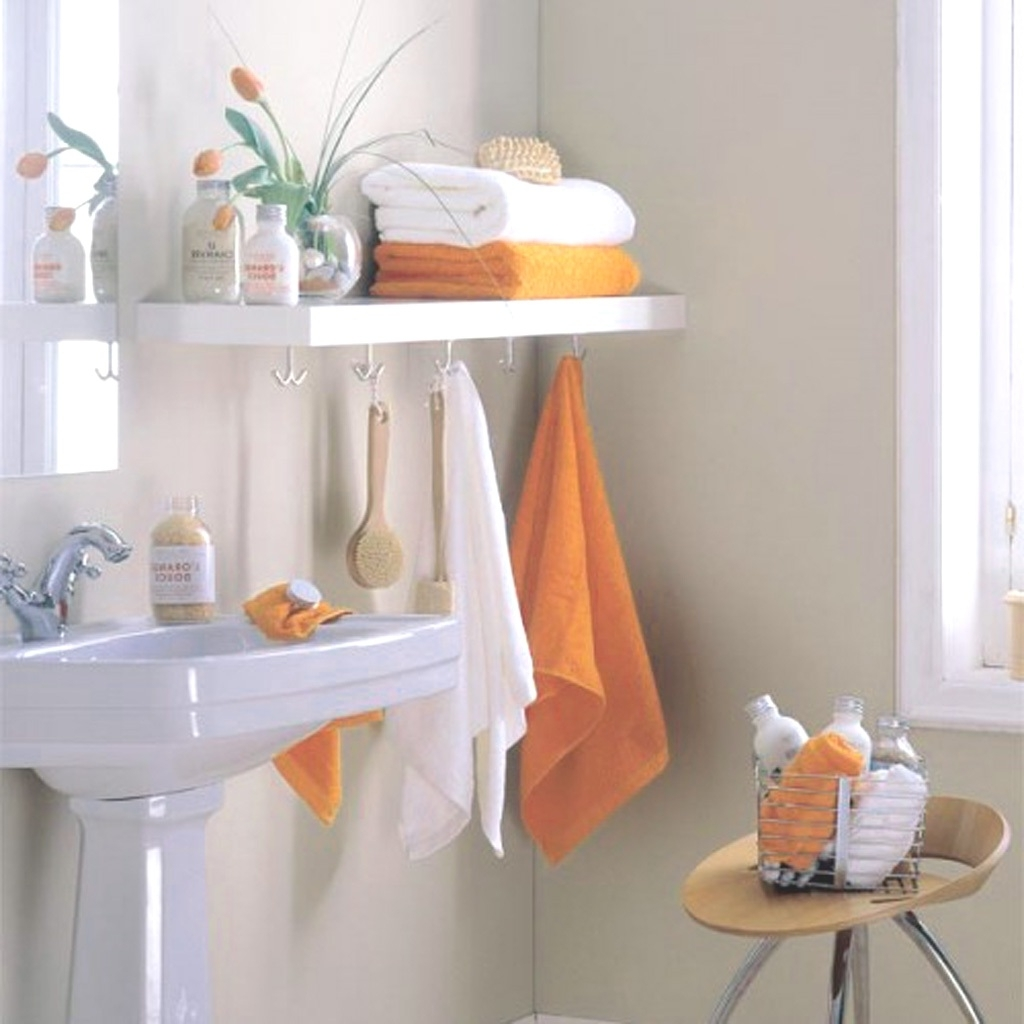 Here are some of the easiest bathroom storage ideas you for Bathroom pictures to hang on wall