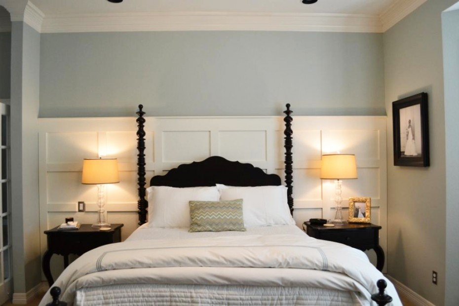 DIY White Wood Paneling to Create Appealing Backdrop for Black Headboard and Side Tables