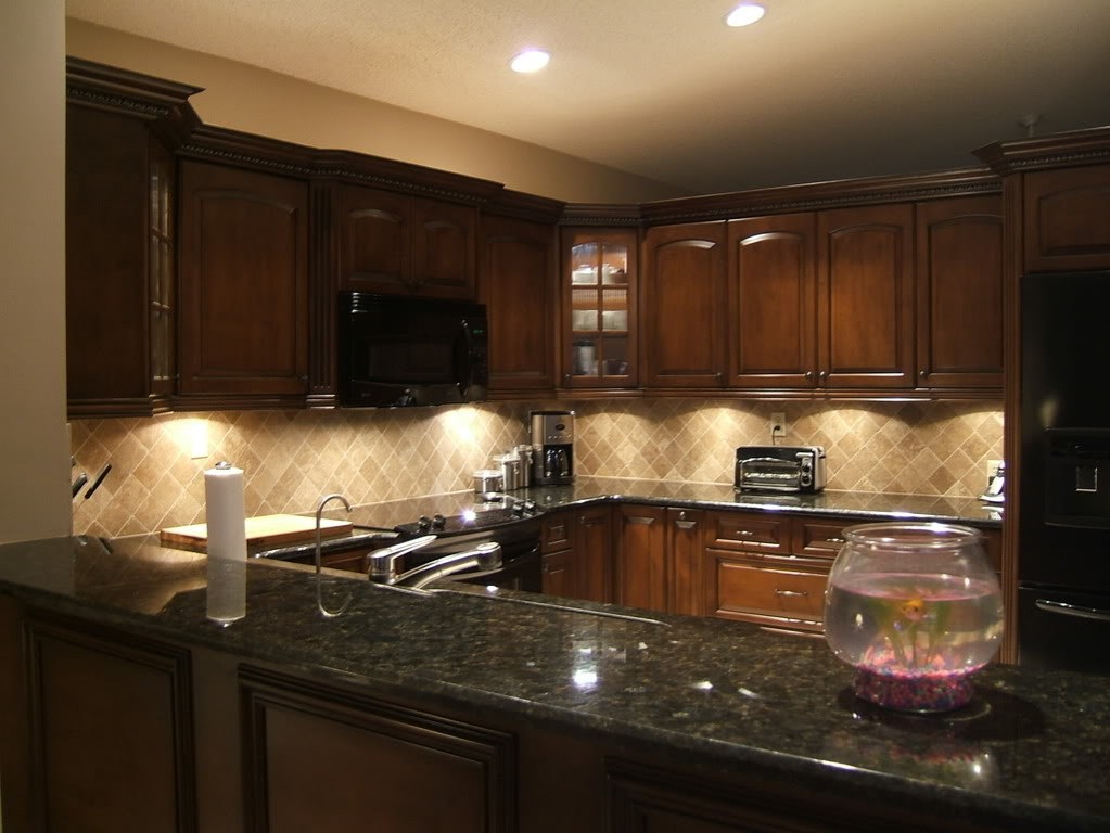 Decorative Under Cabinet Lighting Completing The Diagonally Installed Kitchen  Backsplash Appearance