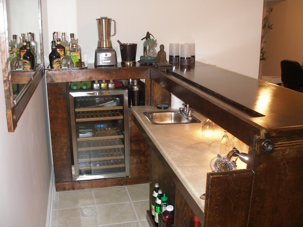 Effectively Designed Home Bar Island to Make the Glasses and Bottles Easily Kept