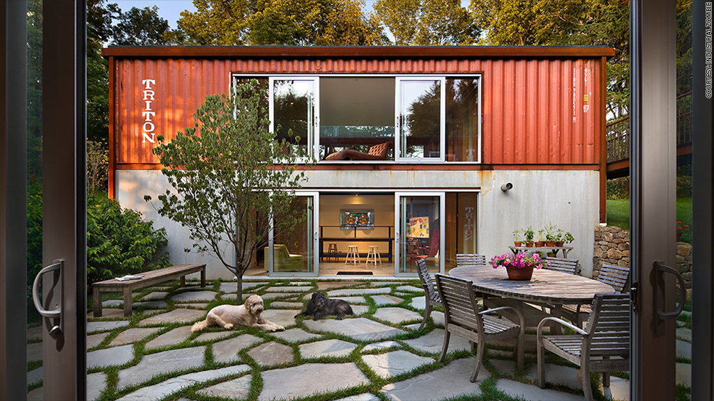Beau Enjoy Living Inside Creative Storage Container Homes With Glossy Framed  Glass Sliding Doors