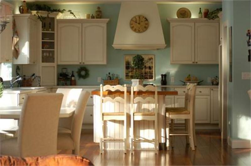 French Country Kitchen and Dining Decoration with Decorative Garland and Lighting