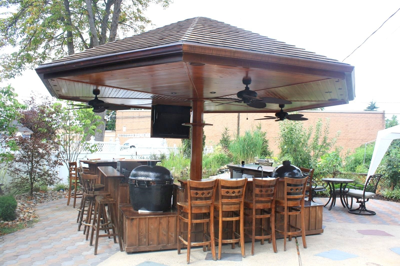 Building Some Outdoor Kitchen Here Are Some Outdoor Kitchen Ideas Midcityeast