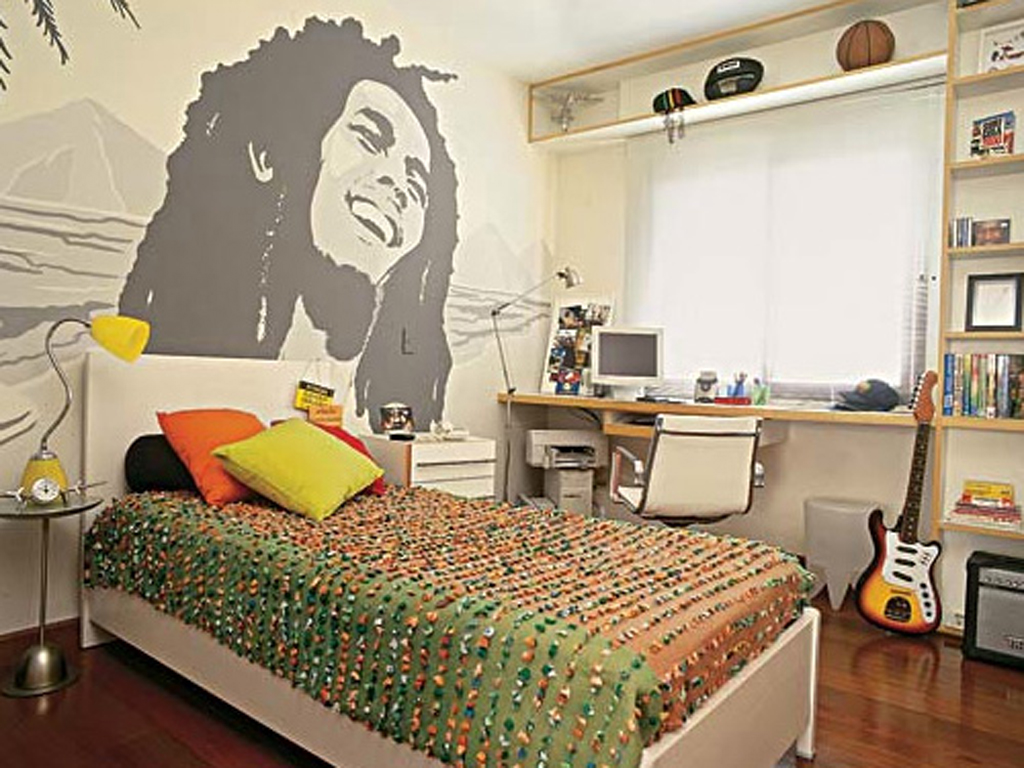 Exceptionnel Inspiring Way To Present Characters In Teen Bedroom Ideas With Mural And  Music Instrument
