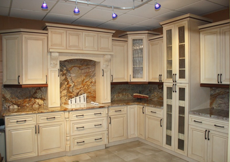 Merveilleux Interesting Decorative Ceiling Lamps And Stone Backsplash And Top Combined  With White Cabinets
