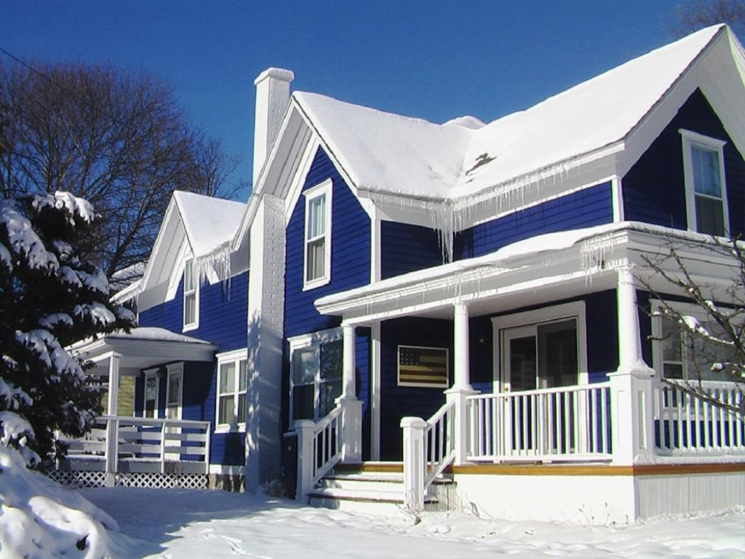 Merveilleux Magnificent Duplex House With Blue Exterior Paint Idea With Some White  Touches