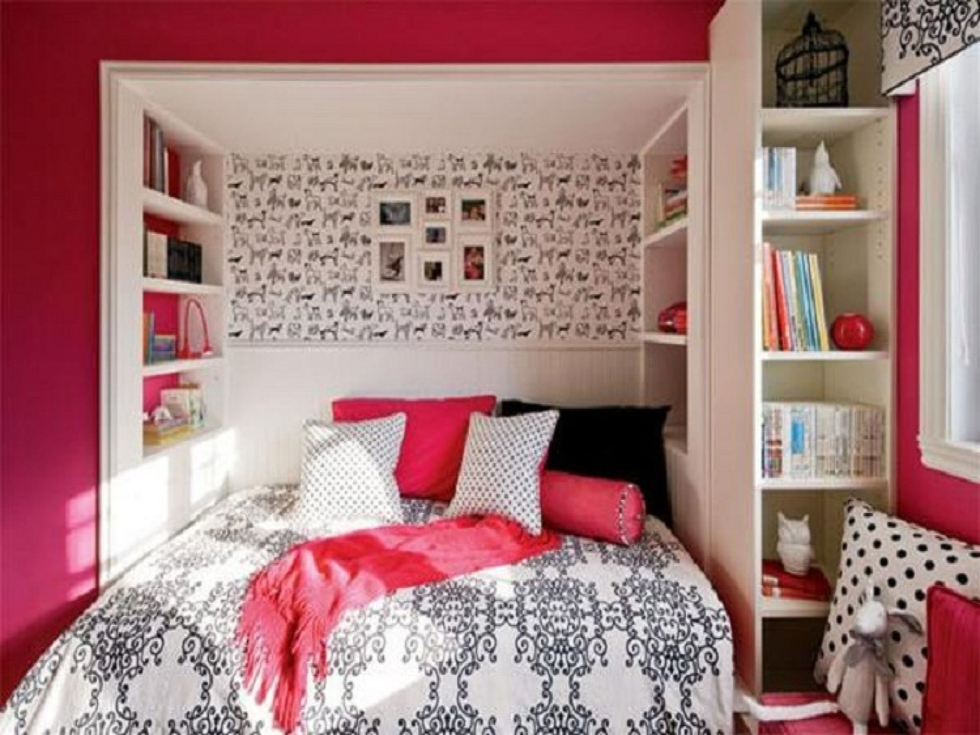 Mesmerizing Simple Teenage Bedroom Ideas Dominated By Multifunction Shelves And Photographs