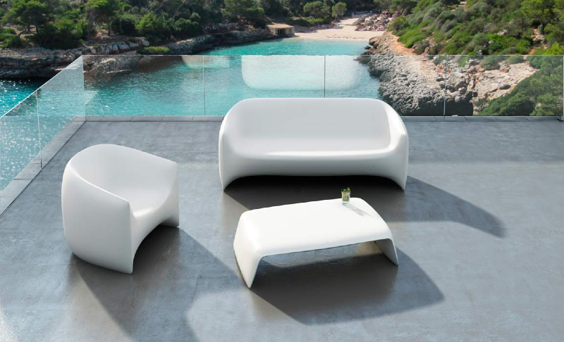 Applying the Modernity from the Outside by Purchasing the Modern Outdoor Furniture - MidCityEast