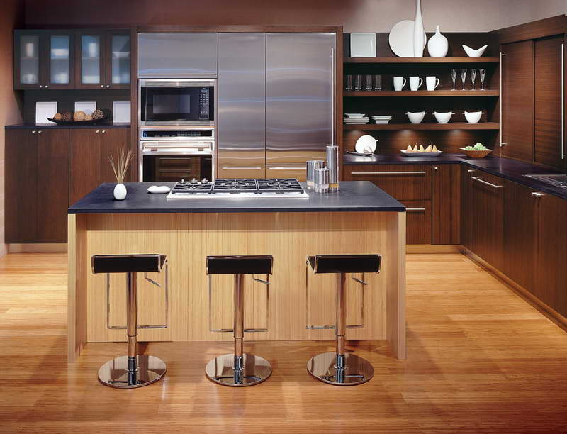 Modern Stools and Wooden Portable Kitchen Island Placed in Contemporary Kitchen with Oak Cabinets
