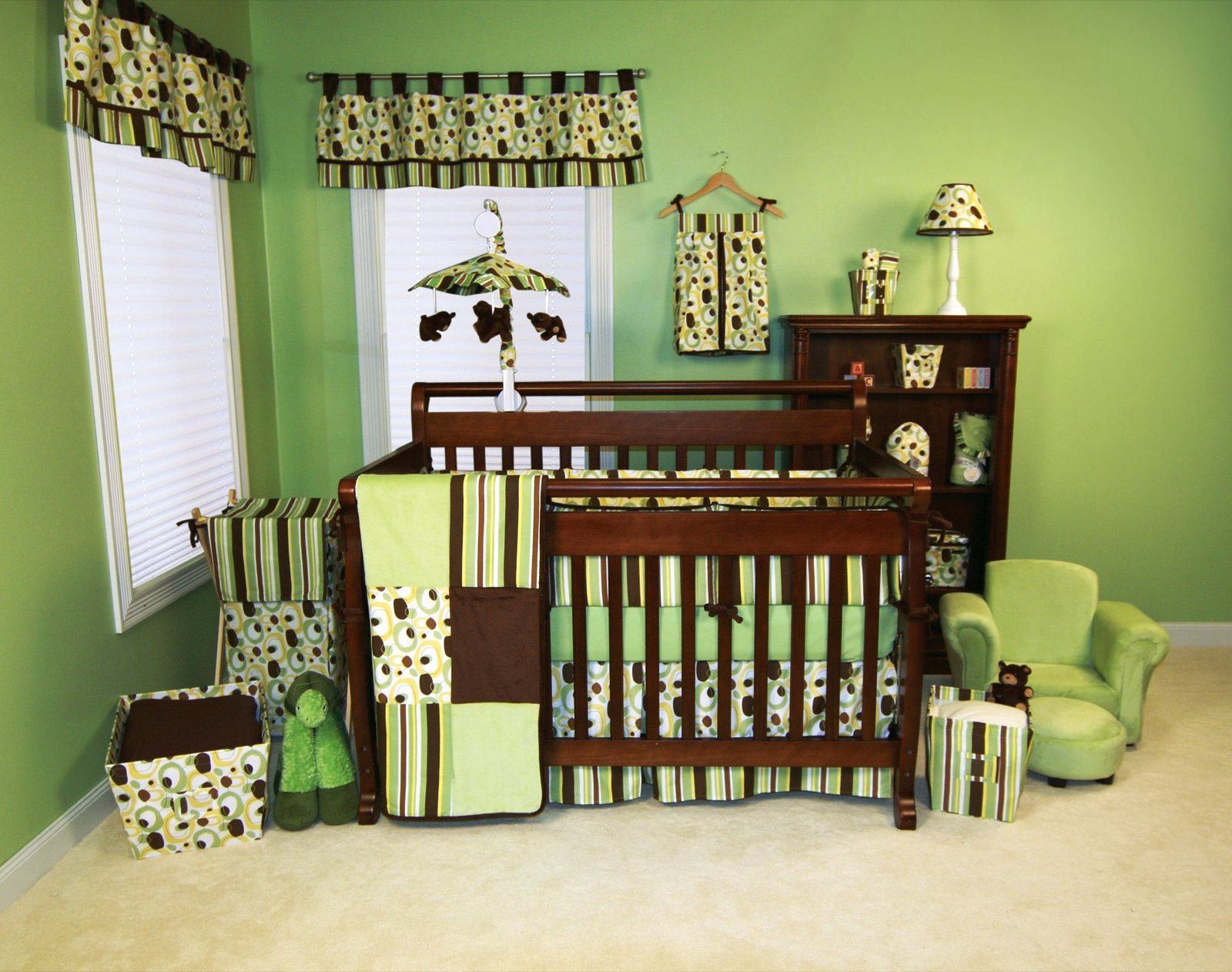 Superbe Refreshing Green Baby Boy Room Ideas With Wooden Baby Crib And Freestanding  Shelf
