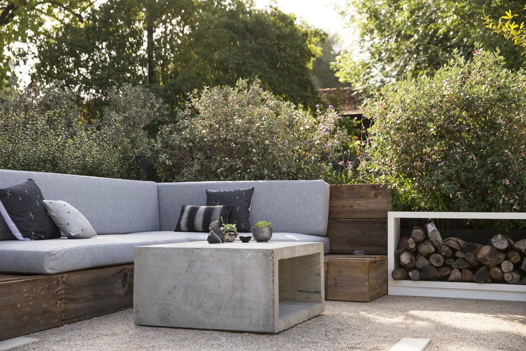 Simple Industrial Small Patio Ideas With Concrete Coffee Table And Wooden  Sofa