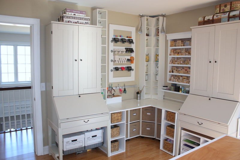 Attirant Smart Storage System Of White Cabinets And Shelves In Craft Room For Neat  Look