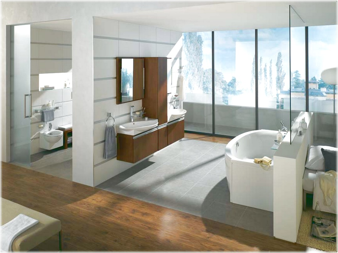 Untreated Ample Window of Contemporary Bathroom to Present Abundant Natural Lighting