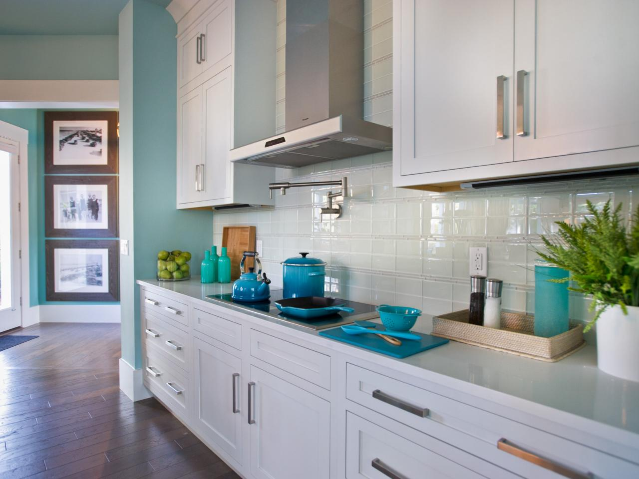 Kitchen tile backsplash ideas with white cabinets. perfect ...