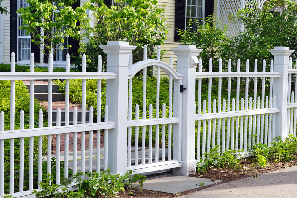 Awesome Design of Backyard Fence in White of Wooden Material
