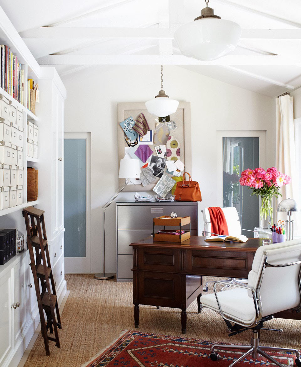 Small Home Office Design Ideas: 7 Living Room Area Rugs You Must Break