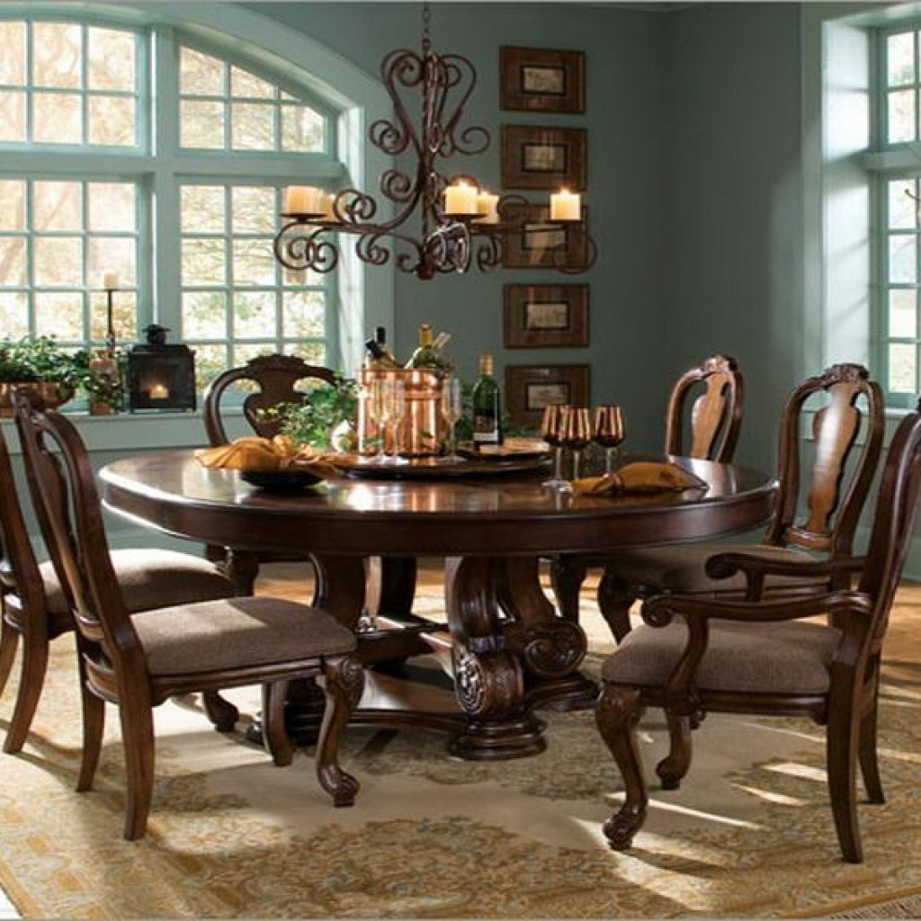Gentil Choose Classic Round Dining Table For 6 For Traditional Dining Room With  Old Fashioned Chandelier