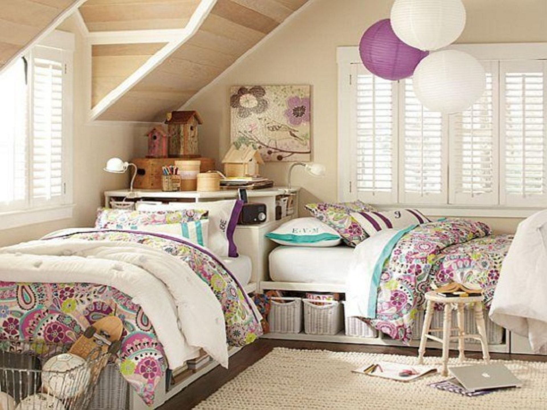 Choose Comfy Bunk Bed for Teen Bedroom Decor Idea with Globe Ceiling Ornaments and Flowery Wall Painting