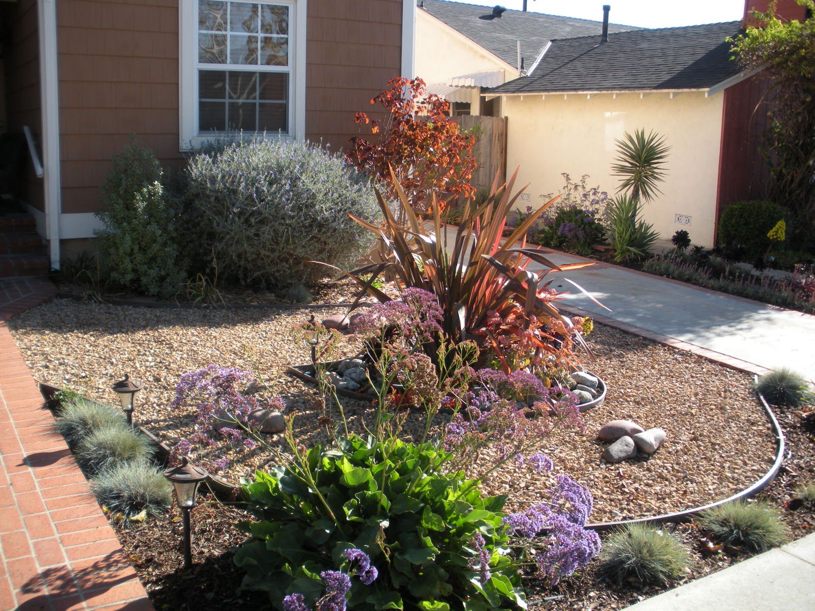 Make Simple Fresh And Modern Drought Tolerant Landscaping Artmakehome