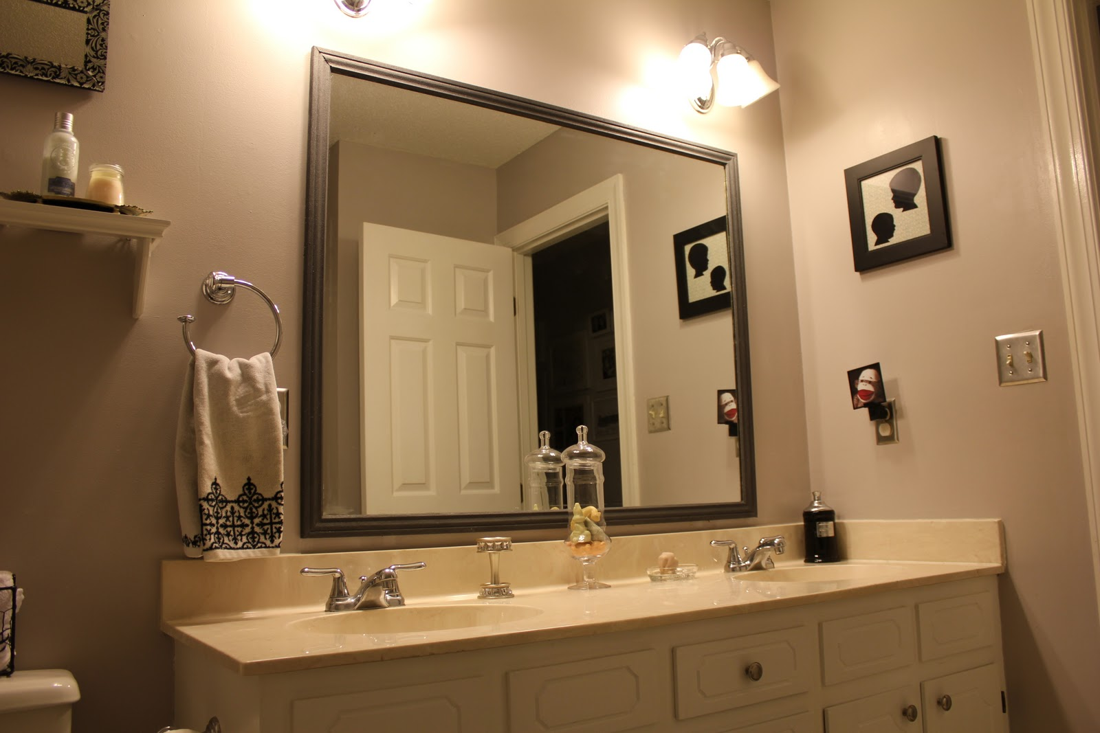 Choose Grey Framed Bathroom Mirrors for Minimalist Bathroom with White Vanity and Granite Top