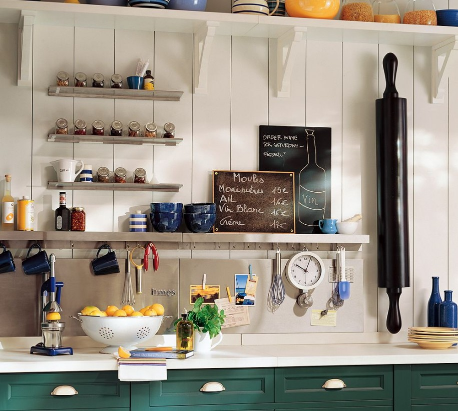 Beau Choose Old Fashioned Kitchen Storage Ideas For Rustic Kitchen With Long  Counter And White Countertop