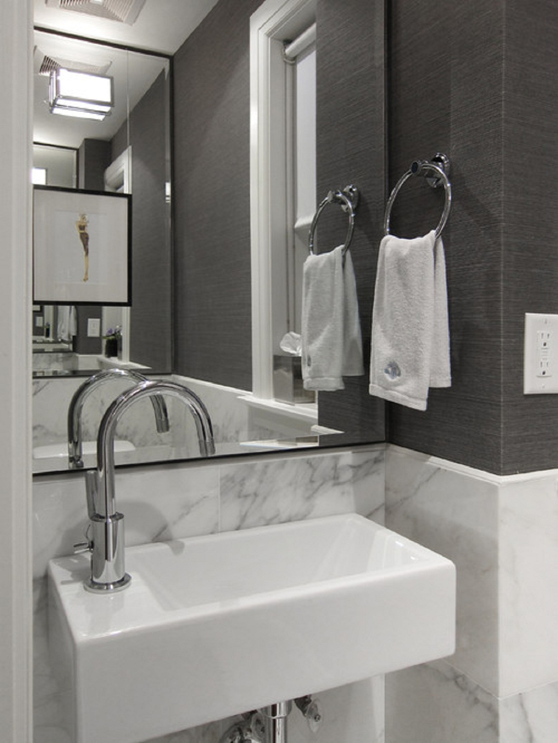 Tips for selecting the right small bathroom sinks for a - Bath shower room ...