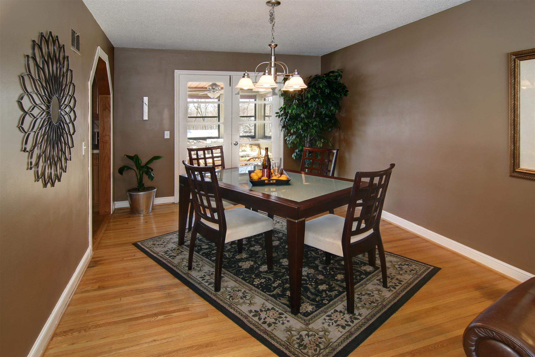 Combine Wooden Chairs and Dining Table with Old Fashioned Dining Room Rugs on Laminate Teak Flooring