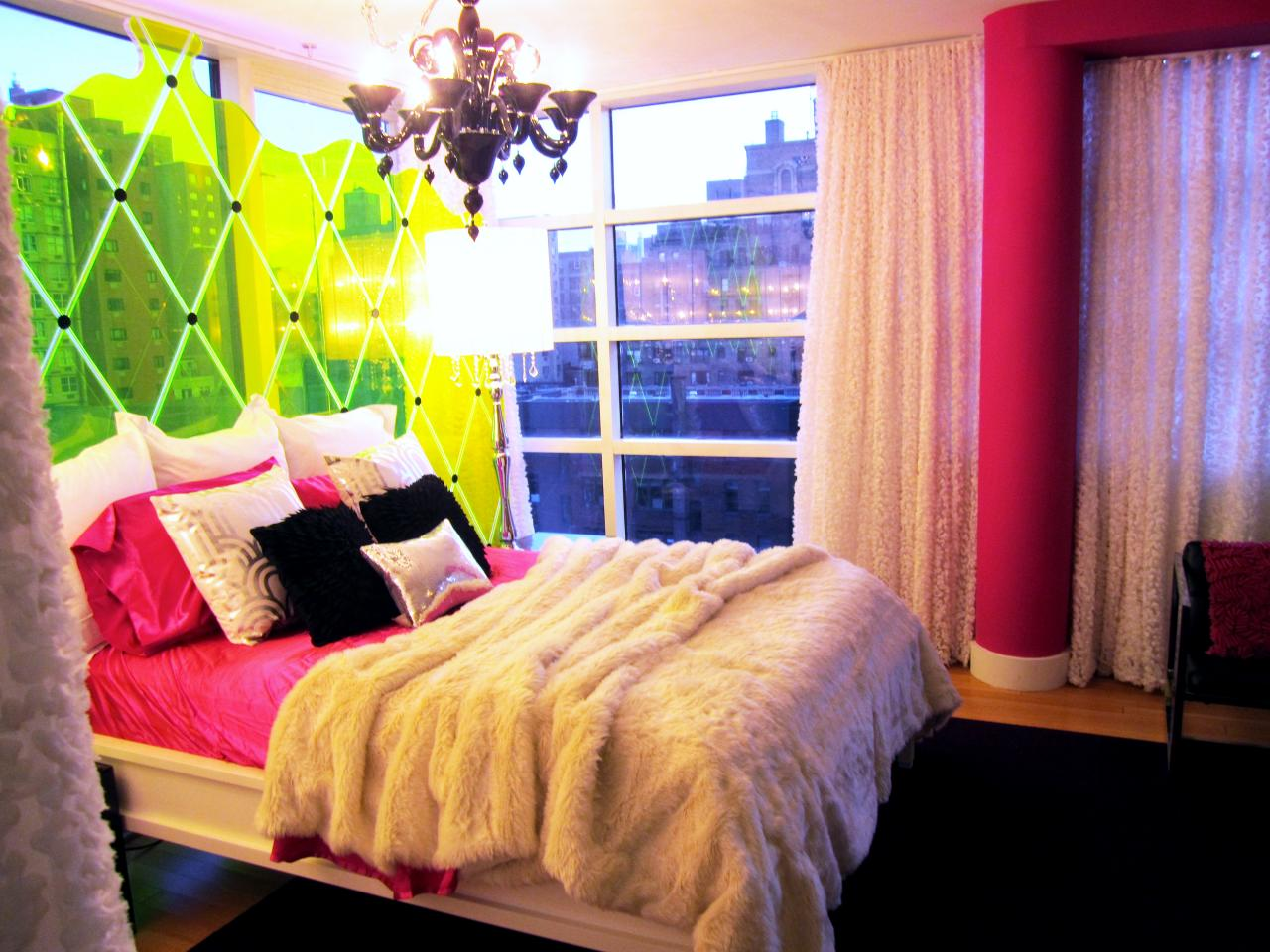 Comfortable Masterbed with Colorful Bedroom Curtain Ideas plus Pink Pillar under Large Ceiling