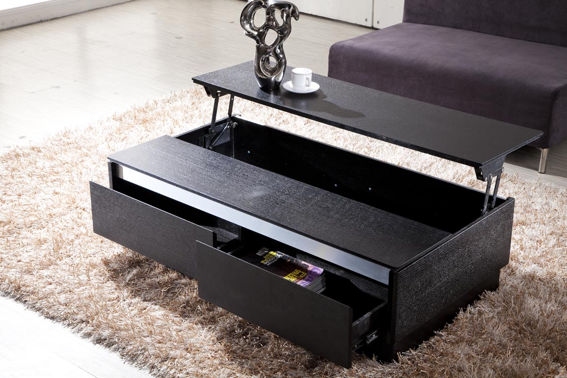 Merveilleux Dark Contemporary Coffee Tables Used In Comfy Living Room With Fluffy Sofa  And Cream Carpet Rug