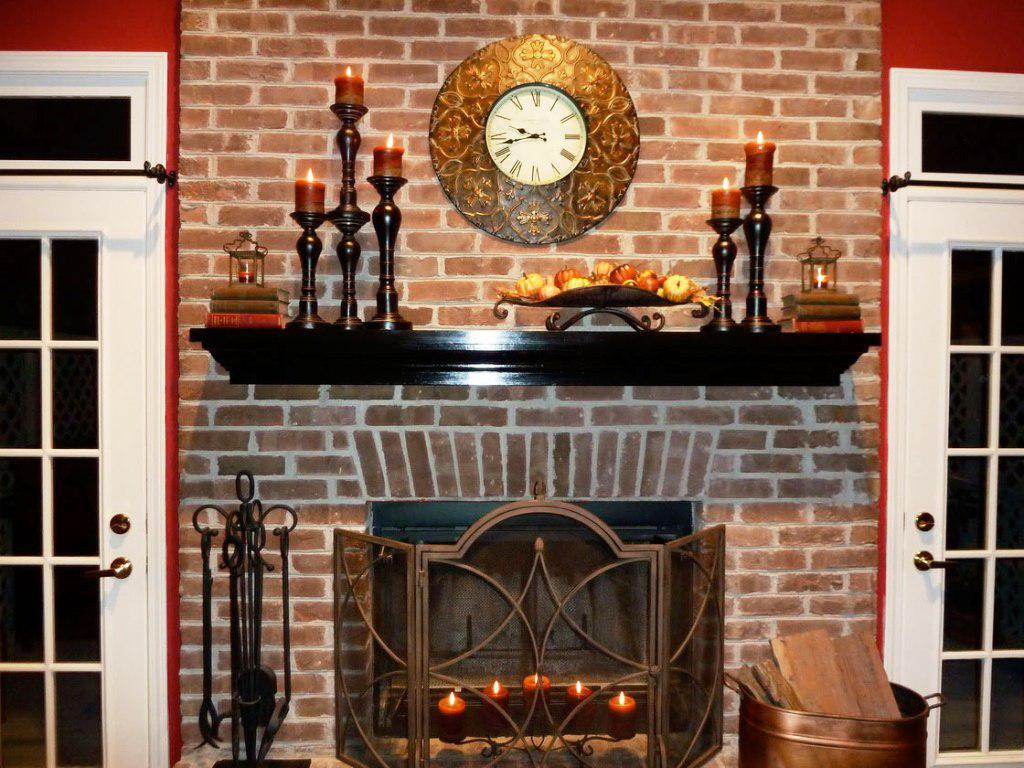 Tips to make fireplace mantel d cor for a wedding day for Dark wall decor ideas