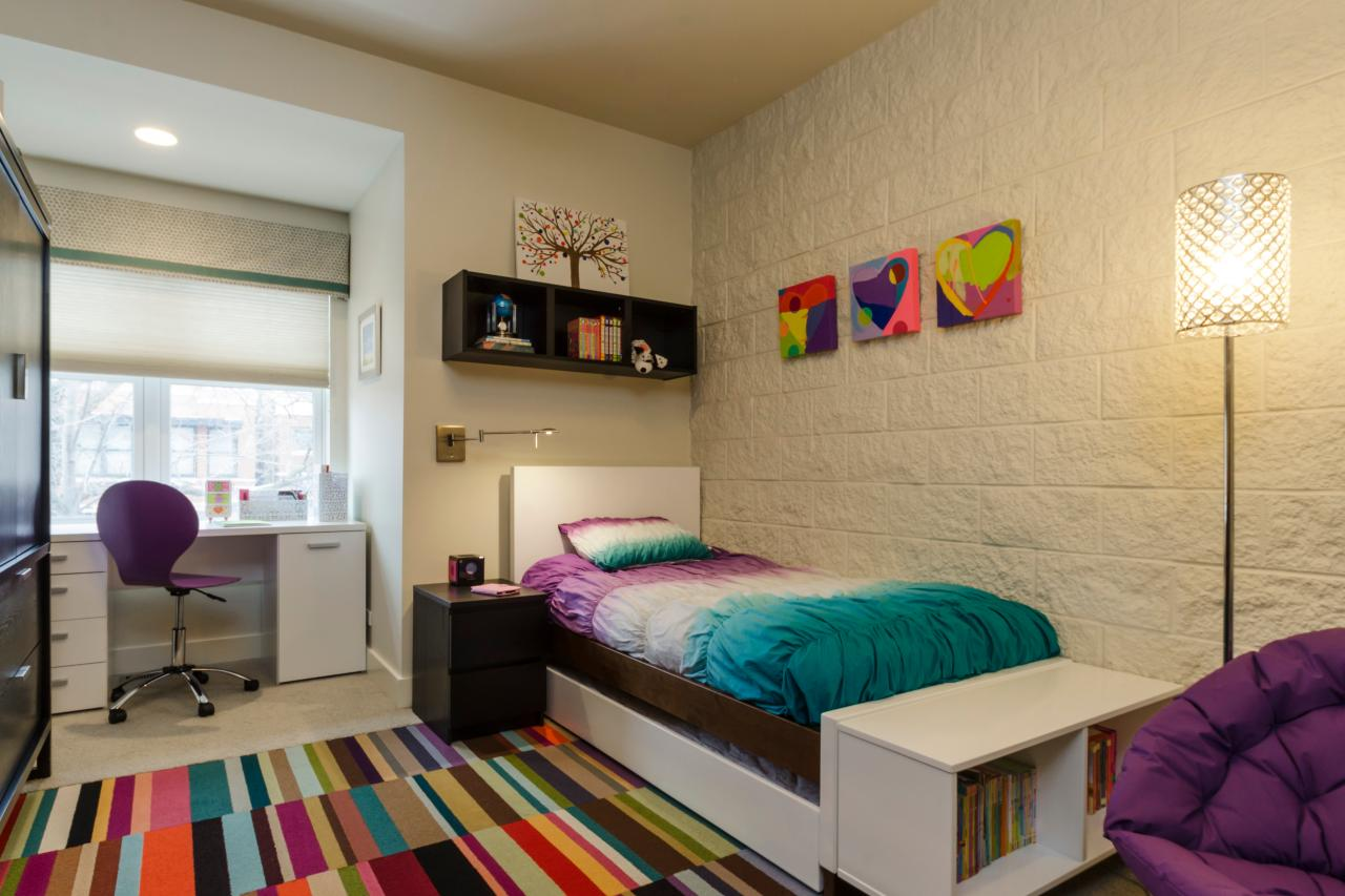 Funny Carpet in Teen Bedroom Decor with Single Bed and Chic Accessory Accent