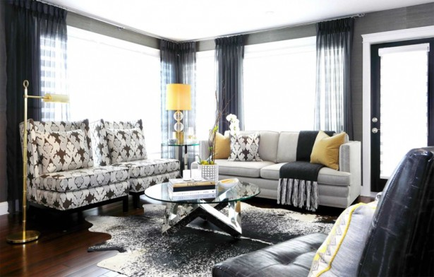 Gorgeous Furniture of Sofa and Round Coffee Table Plus Lamp