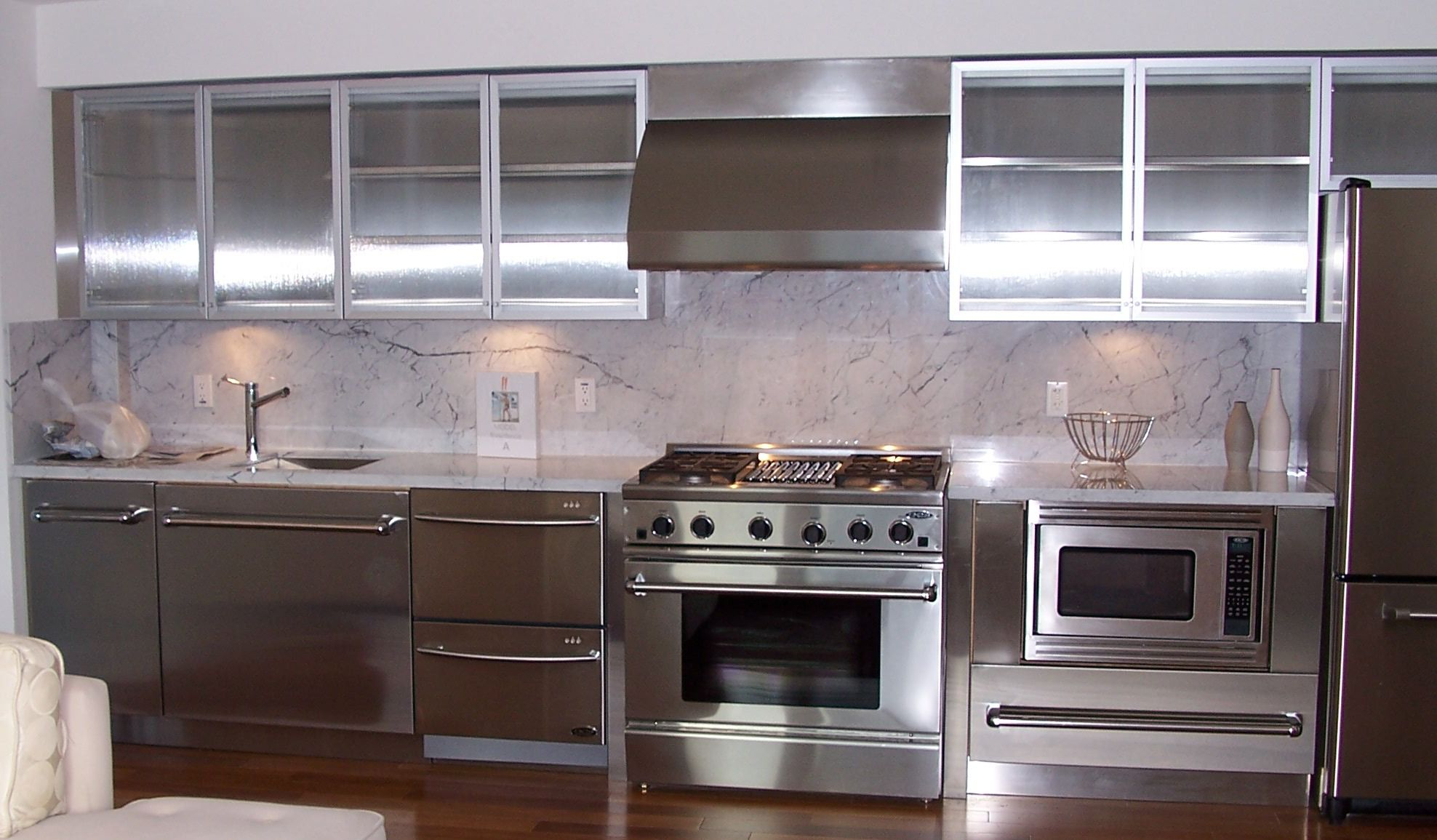 how to paint metal kitchen cabinets? - midcityeast