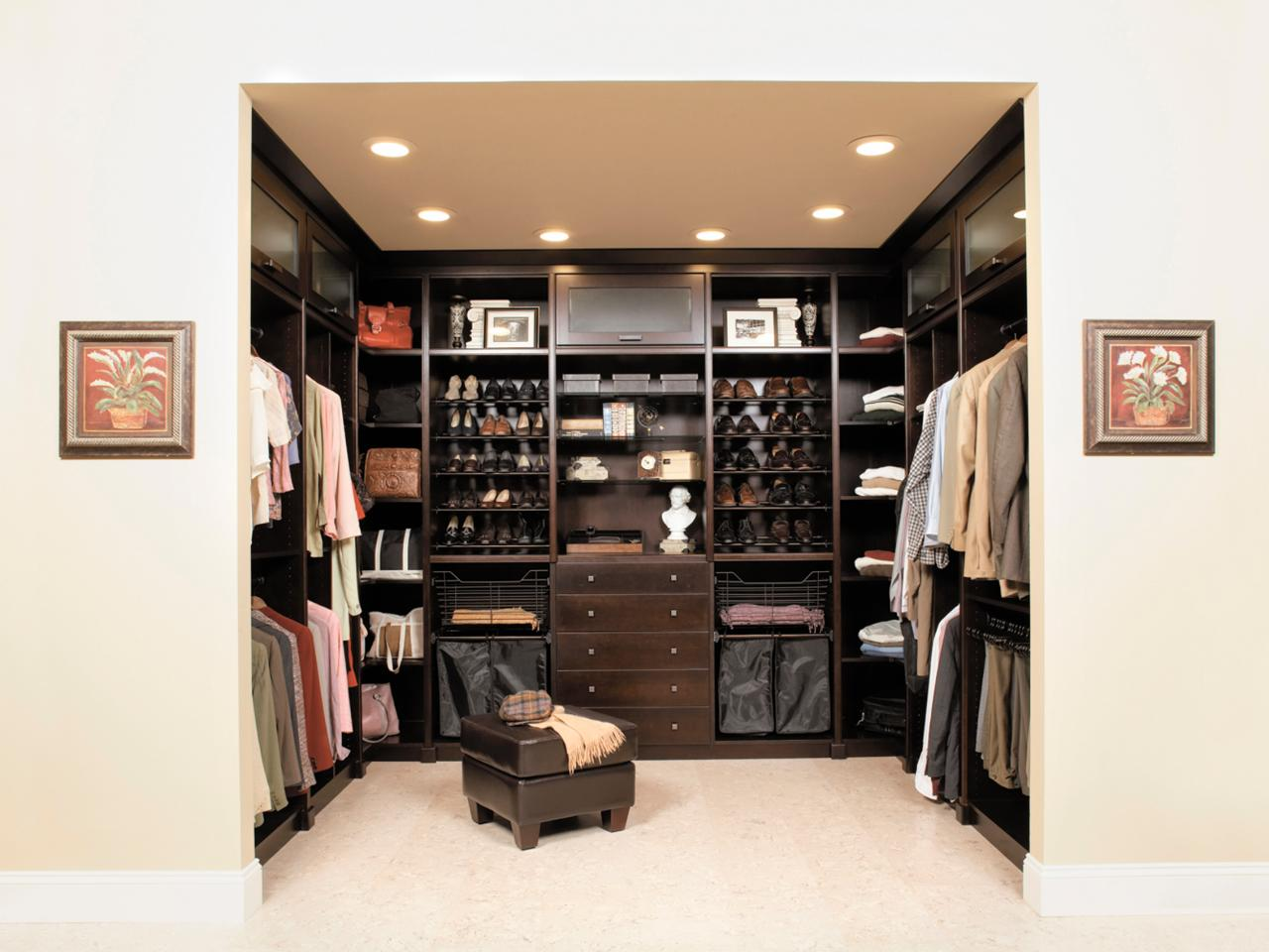 Place Chair inside Walk In Closet with Wooden Dresser and Shelves for Interesting Closet Design Ideas