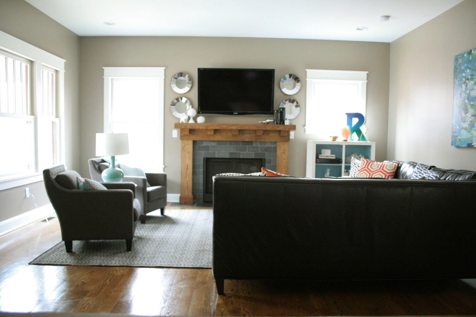 Some ideas and Tips on Dealing with the Living Room Layout ...