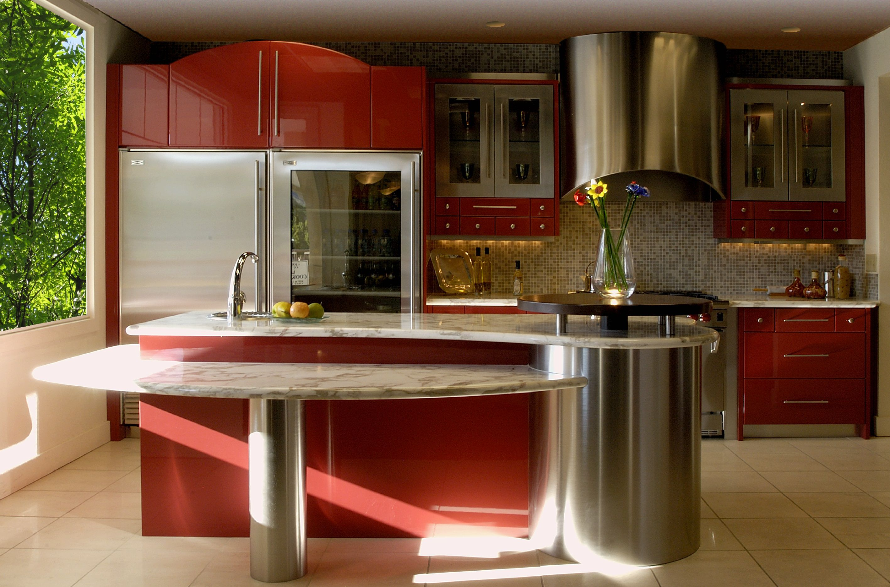Pleasing Interior For Spacious Room Using Modern Red Kitchen Cabinets