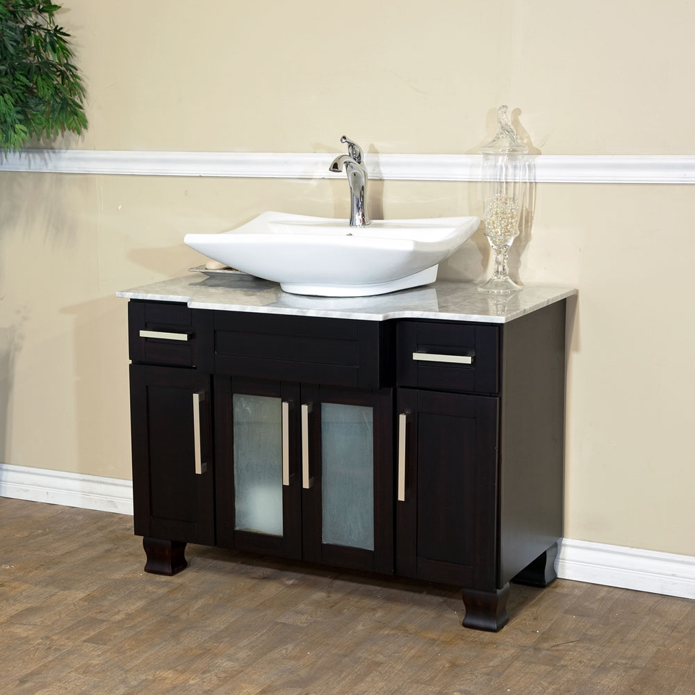 Tips to make beautiful small bathroom vanity midcityeast for Bathroom wash basin with cabinet